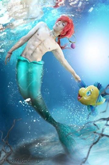 高能注目!泰国COSER大胆挑战男版人鱼