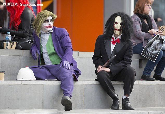 小丑女无脸男齐聚一堂