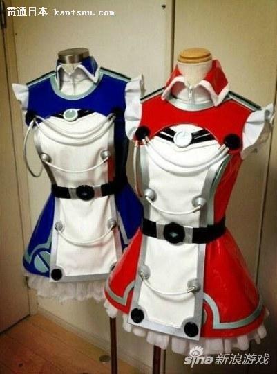 日本母亲为儿子做女装COS服